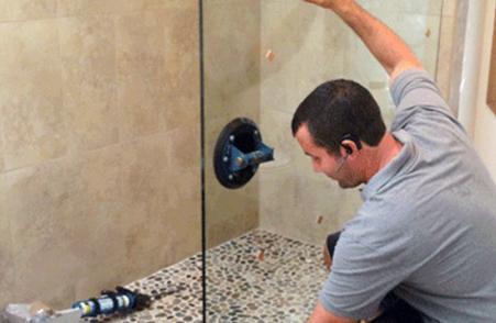 Монтаж душових кабін зі скла і їх головні переваги